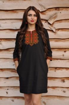 Платье черное с вышивкой