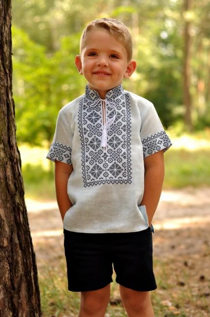 Детская рубашка с вышивкой для мальчика