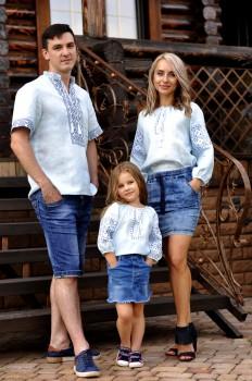 Семейный комплект вышиванок  из тонкого льна с одинаковой вышивкой