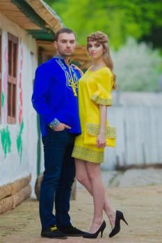 Патриотическая мужская вышиванка и женское платье