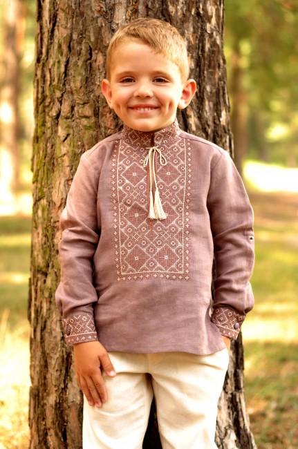 Детская льняная рубашка для мальчика с вышивкой