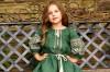 Вышитый комплект платьев для мамы и дочки изумрудного цвета с идентичной вышивкой