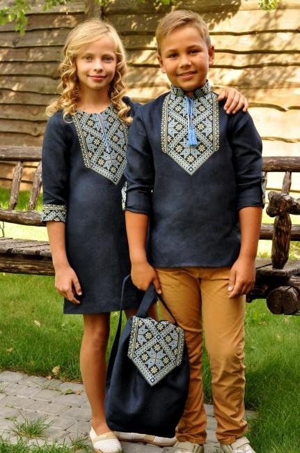 Дитячий комплект одягу з вишивкою - вишиванка для хлопчика та сукня для дівчинки