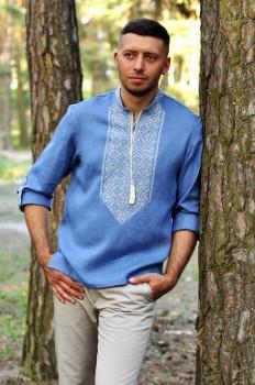 Современная мужская вышиванка цвета денима