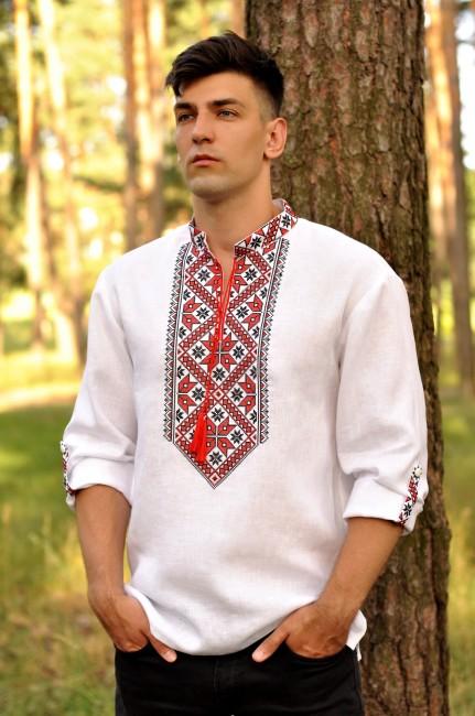 Чоловіча сорочка-вишиванка з традиційною червоно-чорною вишивкою