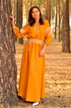 Платье в пол с вышивкой горчичного цвета из натурального льна