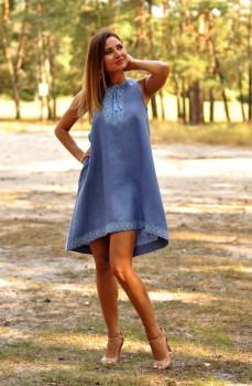 Расклешенное платье вышиванка с американской проймой